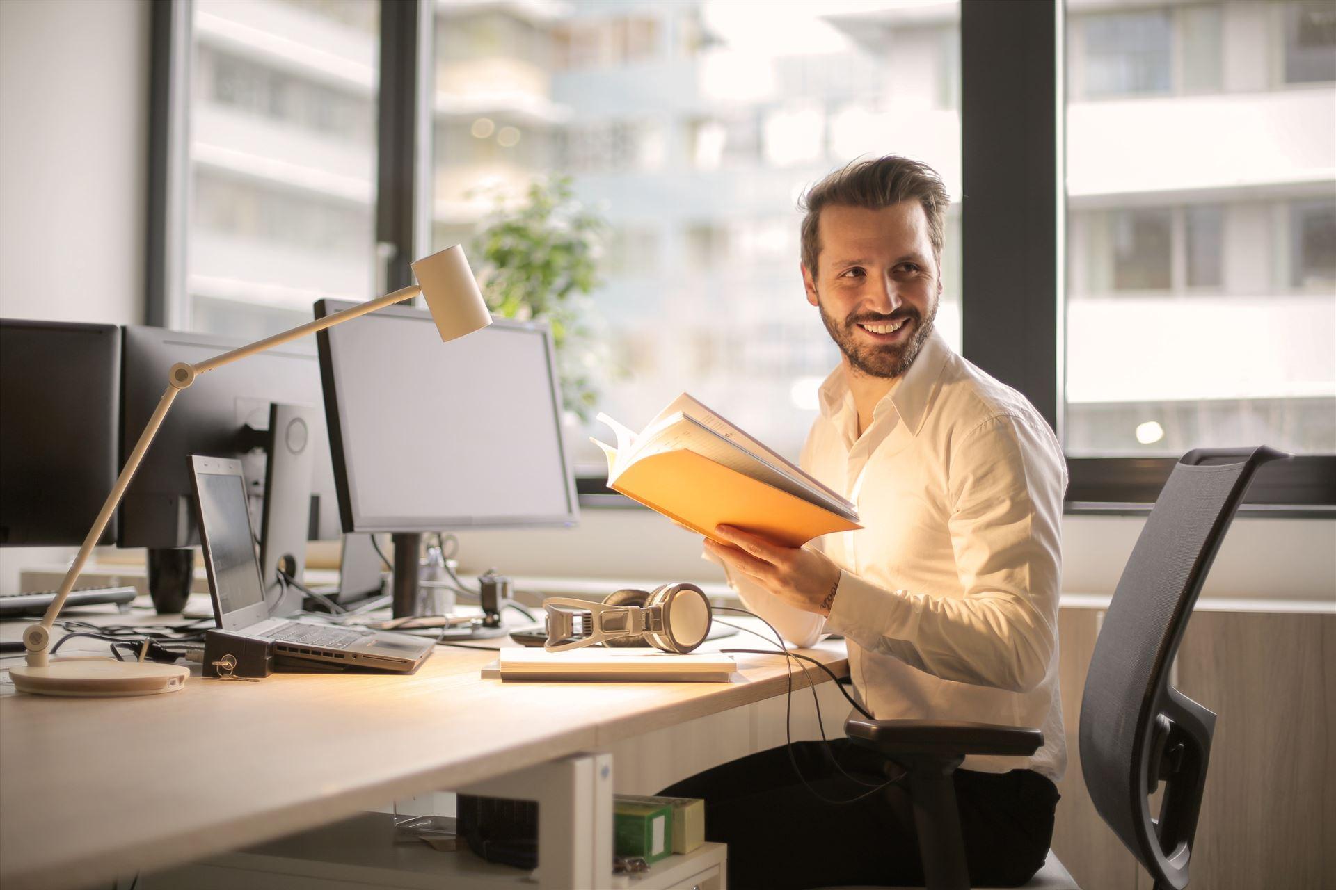 4 consejos para comprar sillas de oficina online